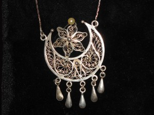 Azeri jewellery